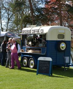 Horsebox Coffee Co. Serving delicious coffee and more in Oxfordshire and the surrounding area.