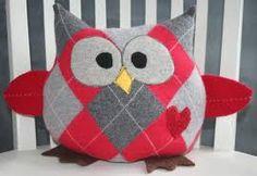 Argyle sweater owl