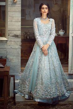 Pakistani Engagement Dresses, Pakistani Gowns, Pakistani Formal Dresses, Pakistani Wedding Outfits, Pakistani Bridal Wear, Pakistani Wedding Dresses, Wedding Dresses For Girls, Pakistani Dress Design, Bridal Outfits
