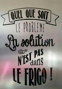Sticker Quel que soit le problème, la solution n'est pas dans le frigo! : Décorations murales par bricoles-de-doudou Plus