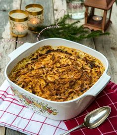 Klassisk Janssons Frestelse Oven Cooking, Cooking Tips, Cooking Recipes, Christmas Feeling, Swedish Recipes, Christmas Cooking, Holiday Recipes, Macaroni And Cheese, Chili