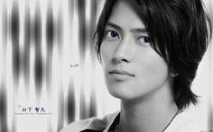 pic+of+tomohisa+yamashita | Wallpapers Celebrities Men Yamashita Tomohisa Yamashita Tomohisa