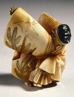 Sambaso Dancer, by Hojitsu (Japanese ?-1871), approx. 1800-1900. Netsuke; Ivory. The Avery Brundage Collection, B70Y621