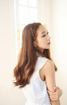Korean Girl, Long Hair Styles, Park, Girls, Model, Beauty, Toddler Girls, Daughters