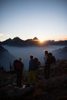 Experiencing something this beautiful with your friends #athomeoutdoors