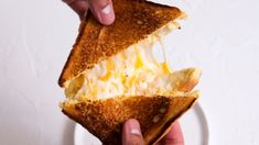 Great for causal get togethers, or sliced into small pieces for appetizers. Ultimate Grilled Cheese, Grilled Cheese Recipes, Sandwich Recipes, Sandwich Ideas, Steak With Blue Cheese, Making Mac And Cheese, Cheesy Garlic Bread, Cheesy Recipes