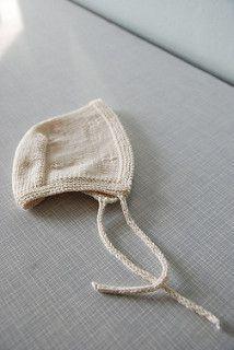 Newborn Knitting Patterns Ravelry: Fresh Bonnet pattern by Kylie McDonnell-Wade Baby Knitting Patterns, Baby Hats Knitting, Knitting For Kids, Baby Patterns, Knitted Hats, Knitting Projects, Newborn Knit Hat, Newborn Babies, Baby Bonnet Pattern Free
