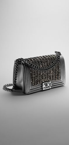 Ready To Wear Accessories Collections And Haute Couture Discover All The Fashion News Events On Chanel Official Website