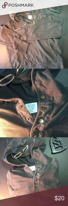 J. Crew Sweatshirt Charcoal gray J. crew Sweatshirt. Simple design with burnished snaps at the neck. EUC no pulls or stains. A real nice sweatshirt, 100% cotton. J. Crew Shirts Sweatshirts & Hoodies
