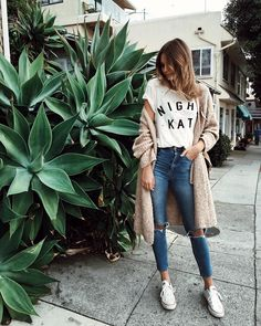 Уже все авторитетные модные журналы в унисон твердят, что главный тренд наступающей на пятки весны – свободный уличный стиль