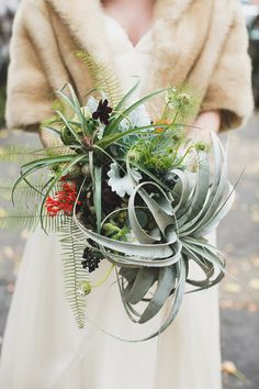 Green Building Brooklyn Wedding   Katie Osgood   Sprout Home Floral