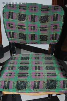 Silla francesa antes y después Quilts, Blanket, Blog, Living Alone, Chair Repair, Chair Backs, Chair Covers, Upholstered Chairs, Couches