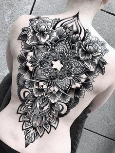 women back tattoos large - women back tattoos ; women back tattoos full ; women back tattoos spine ; women back tattoos small ; women back tattoos classy ; women back tattoos shoulder ; women back tattoos cover up ; women back tattoos large Full Body Tattoo, Full Sleeve Tattoos, Sleeve Tattoos For Women, Body Tattoos, Girl Tattoos, Tatoos, Dotwork Tattoo Mandala, Backpiece Tattoo, Mandala Tattoo Design