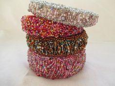 Marika Karau Art to wear - Accessoires  perlenbestickte Armreifen