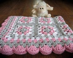 Baby Boy Baby Girl Granny Square Blanket di DonnasPinsandNeedles