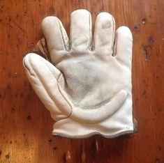 c.1905 Crescent Glove Baseball Gloves, Baseball Stuff, Baseball Party, New York Yankees Baseball, 4 Life, Old School, Tools, Cabinet, Antiques