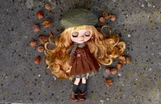 https://www.etsy.com/fr/listing/485073019/custom-blythe-doll-ooak-hazel-by-ma?ref=shop_home_active_1