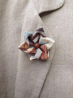 Custom Lapel Pin Brooches Romance Paisley Flowers Banquet Badge Pins Trendy Accessory Jacket T-Shirt Bag Hat Shoe