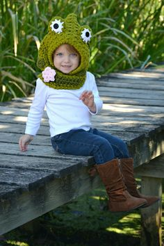 Crochet Frog Hooded Cowl Toddler, Child, Adult
