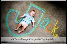 Now that I know that you all are on board with sidewalk chalk, I've rounded up a bunch of super fun sidewalk chalk photos. I love all the creativity I'm seeing when it comes to sidewalk chalk photos. Love Photography, Children Photography, Newborn Photography, Foto Newborn, Newborn Photos, Cute Photos, Cute Pictures, Chalk Photos, Kind Photo