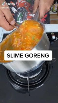 Cooking Time, Cooking Recipes, Lumpia, Snack Video, Secret Recipe, Indonesian Food, Diy Food, Dahlia, Food Videos