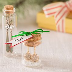What's better than a message in a bottle? Create cute giftable earrings with pretty-as-can-be packaging! Craft Gifts, Diy Gifts, Best Gifts, Crafts To Do, Diy Craft Projects, Bottle Jewelry, Mixed Media Jewelry, Homemade Christmas Gifts, Xmas Presents