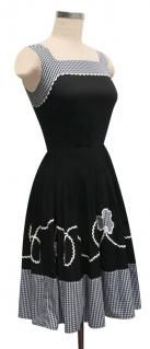 summer fun dress, I could do some twirlin' in this!