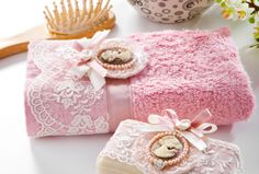 Romantic, Vintage Vanity, Shabby Chic, Gift Wrapping, Pretty, Gifts, Fragrance, Gift Wrapping Paper, Presents