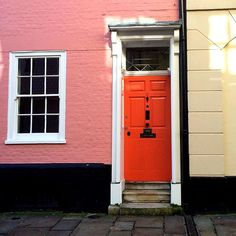Happy Monday everyone! #painteddoor #canterbury #kent #february