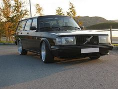 Swedish deep-dish turbo wagon....