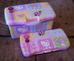 Hello Kitty baby wipe case set
