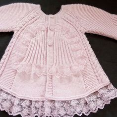 It is knitted with love so it can be used with health. Baby Knitting Patterns, Baby Patterns, Baby Pullover, Baby Cardigan, Baby Girl Jackets, Knit Baby Dress, Baby Sweaters, Crochet Baby, Doll Clothes