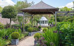 Coco wedding venues slideshow - wedding-venues-in-berkshire-wickham-house-001
