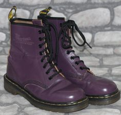b1d5720f9c9d Vintage Made in England Dr Martens Martins Purple 8 Hole Skinhead Boots 4 37