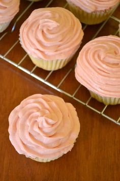 These delicious rhubarb cupcakes are the perfect springtime treat! You will be surprised how amazing rhubarb is in this wonderful dessert! Rhubarb Desserts, Rhubarb Recipes, Summer Desserts, Just Desserts, Delicious Desserts, Yummy Food, Rhubarb Rhubarb, Rhubarb Ideas, Rhubarb Butter