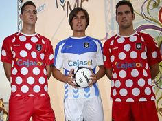 Shit Football Kits: Recreativo De Huelva Fans Protest Over Horrendous New 'Minnie Mouse' Away Strip Soccer Drills For Kids, Soccer Skills, Soccer Tips, Play Soccer, Football Tops, Football Uniforms, World Football, Football Jerseys, Minnie Mouse