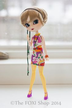 Psychedelic 60\'s Vintage Outfit +shoes for Pullip, Obitsu & Blythe - 10+ pieces
