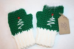 Crochet Christmas Tree Fingerless Gloves- Free Shipping by pamsprideembroidery on Etsy