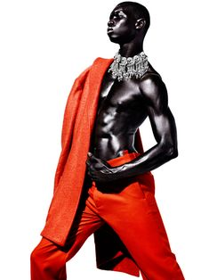 Fernando Cabral by Daniel Sannwald for Arena Homme+ Dolly Fashion, Fashion Art, Editorial Fashion, Fashion Models, High Fashion, Mens Fashion, Fashion Design, Fashion Music, Black Pics