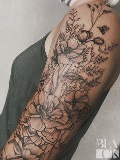 Girl Half Sleeve Tattoos, Arm Sleeve Tattoos For Women, Best Tattoos For Women, Up Tattoos, Body Art Tattoos, Girl Tattoos, Girl Tattoo Sleeves, Small Tattoos On Arm, Half Sleeve Flower Tattoo