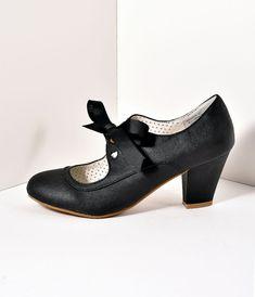 Vintage Style Black Leatherette Mary Jane Bow Wiggle Heels