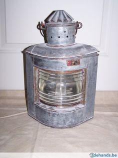 7. Oude scheepslamp