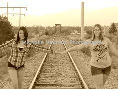 Cousins Cousins, Railroad Tracks, Photography, Friends, Fotografie, Photography Business, Boyfriends, Photo Shoot, Fotografia