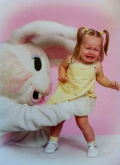 The Creepiest Easter Bunny Photos Ever Taken - I don't understand why this is so funny. it really isn't funny at all. knowing what it feels like being afraid and being forced to do something one doesn't want. but it's funny. Donnie Darko, Hilarious, Awkward Funny, Funny Humour, Funny Jokes, Easter Bunny Pictures, Bunny Pics, Easter Bunny Costume, Funny Pictures