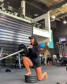 Fitness Workout For Women, Fitness Tips, Health Fitness, Gym Workout Videos, Gym Workouts, Workout Challenge, Exercises, Strong, Legs