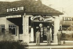 """Sinclair station that was located in Knightstown Indiana on US 40 """"The National Road"""". This station was torn down in the late 50's"""