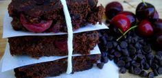 Dark Chocolate Cherry Brownies #paleo