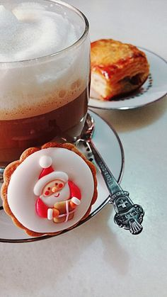 On the 3rd day of Christmas 😍  Cafe Latte with Santa Cookies and Homebaked Chicken Pie 😋  #tuesday #christmas #breakfast #breakfasttime #chickenpie #pie  #nespresso #ristretto #coffee #caffeine #latte #coffeelover #santacookies #sweet #cookies #homebaked #inmykitchen #onmytable #myfood #burpple #foodcoma #foodstory #foodie #foodpics #sharefood #vscofood #foodporn #eatathome #merrychristmas