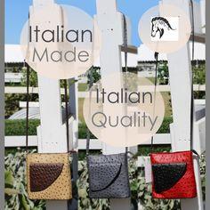 Italian Leather Handbags, Craft Fair Displays, Stylish Handbags, How To Make Handbags, Florence Italy, Leather Jewelry, Craft Fairs, Hand Bags, Cross Body Handbags