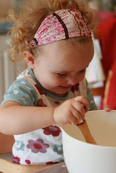 The Imagination Tree: Salt Dough Handprints Dyi Crafts, Fun Crafts For Kids, Cute Crafts, Toddler Crafts, Diy For Kids, Baby Crafts, Preschool Learning Activities, Preschool Crafts, Preschool Activities
